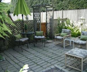 Garden Room suite